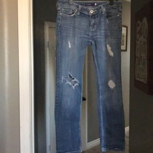 Vigoss skinny distressed jean size 9